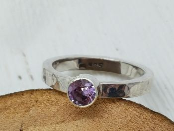 Ring - Sterling Silver - Chunky Rectangle Shank with Colour Changing Alexandrite Stone