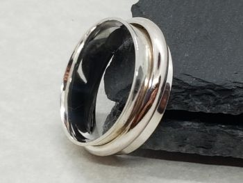 Ring - Sterling Silver - D Shaped Spinner Ring