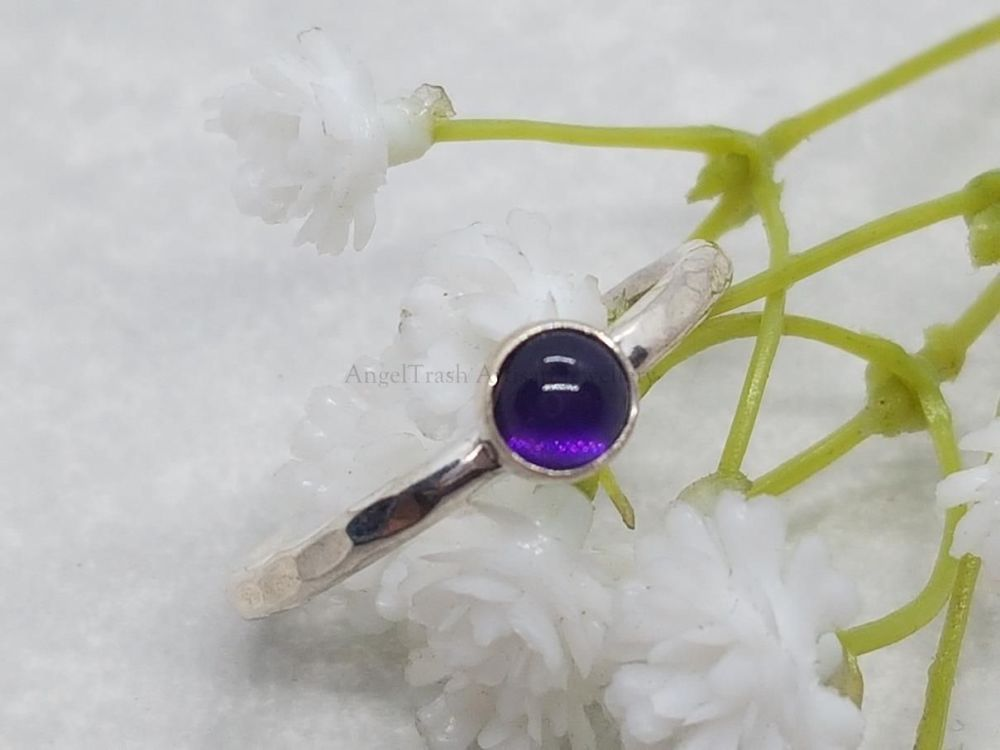 Sterling Silver Ring - Round Stacking Ring with 5mm Amethyst Cabochon