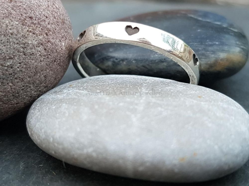 Sterling Silver Ring - Alma Collection - Stamped with Hearts all Round
