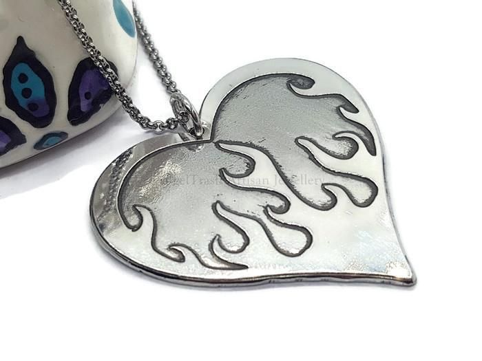 Flaming Heart Necklace 111 (Copy)