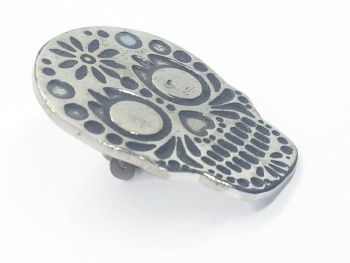 Lapel Pin - Pewter Sugar Skull Pin Badge - Daisy