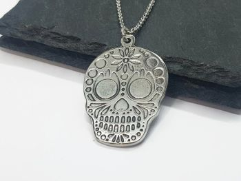 Necklace - Pewter - Sugar Skull - Daisy