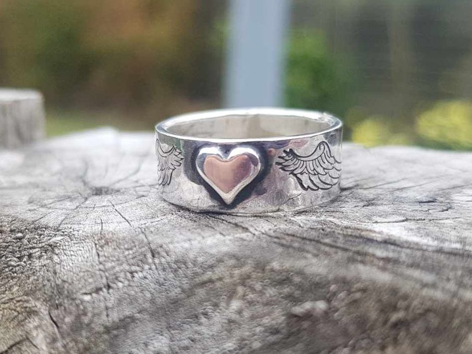 Ring - Sterling Silver - Hammered Band with Winged Heart - Size M