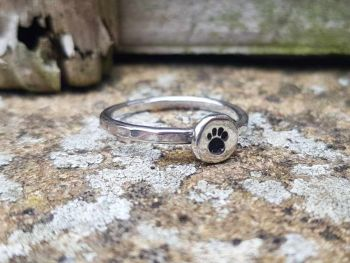 Ring - Sterling Silver - Stacking Ring - Slim Round Stacking Ring with Paw Print - Size S 1/2