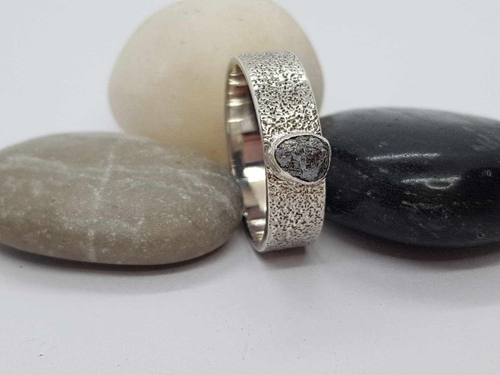 Ring - Sterling Silver - Wide Flat Textured Ring with Rough Diamond - Size