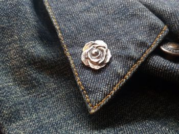 Lapel Pin - Pewter Pin Badge - Rose