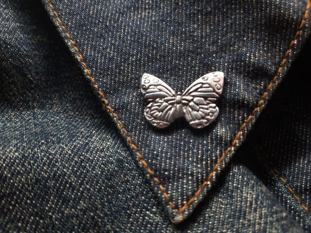 Lapel Pin - Pewter Pin Badge - Butterfly