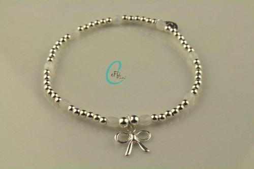 Silver stretch bracelet with white | White Opal | CeFfi