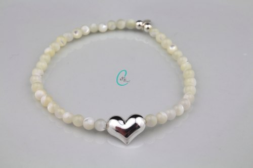 Mother of pearl stretch heart bracelet | Summer Loving | CeFfi