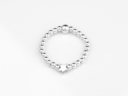 Silver dainty star ring | CeFfi