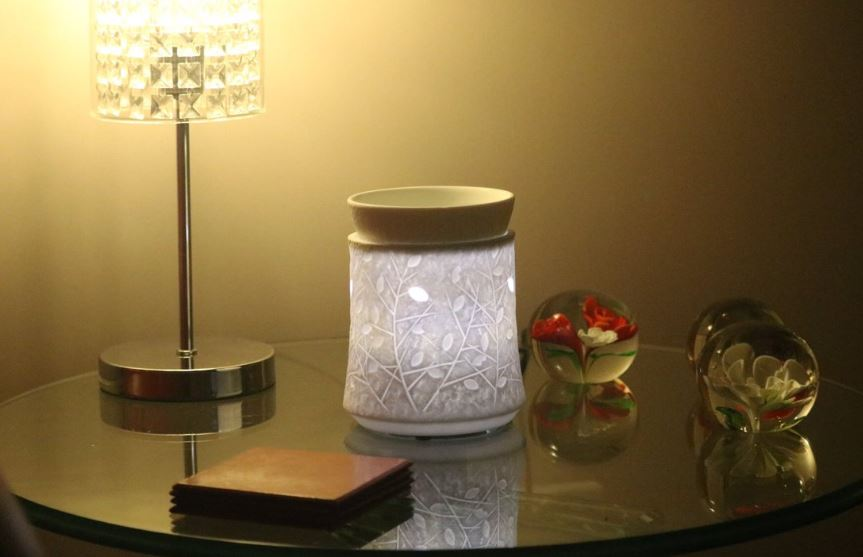 crystal woods scentsy warmer styled wick free scented candles