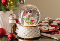 SCENTSY SNOW GLOBE WICK FREE SCENTED CANDLES