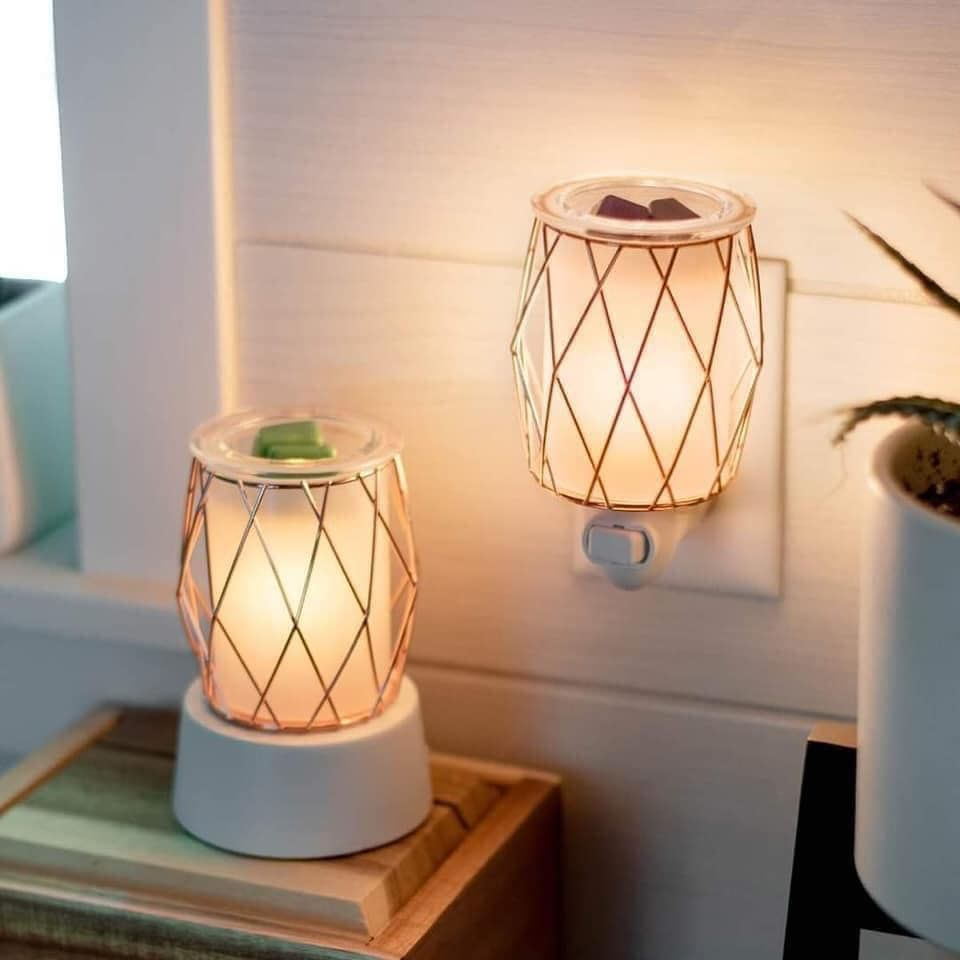 scentsy plug in mini warmer