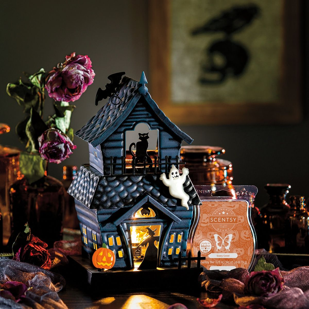 Haunting Good Time Scentsy Warmer