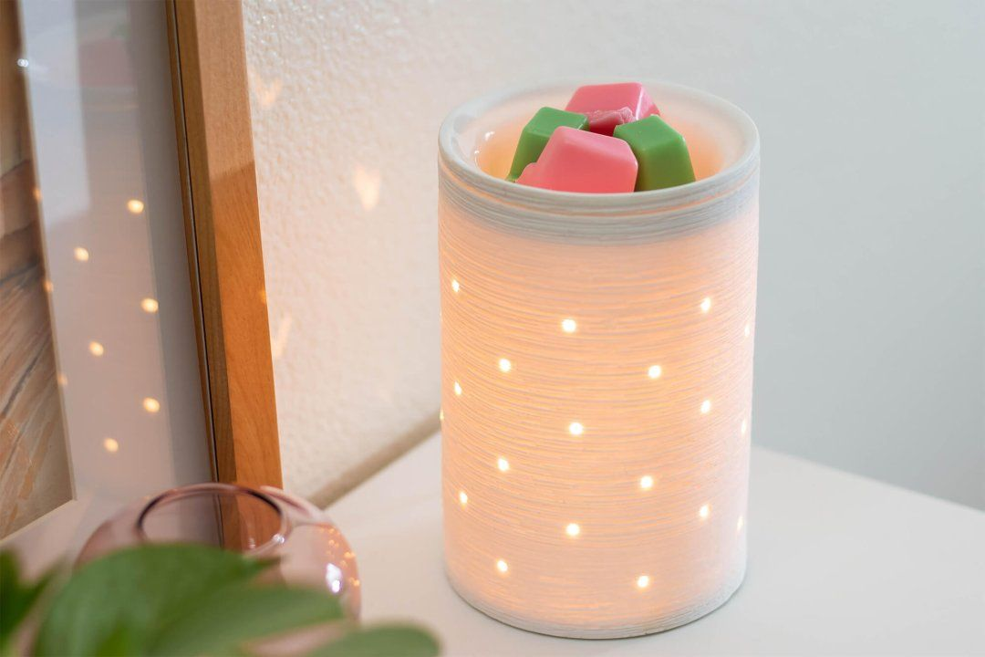 Etched Core White Scentsy Warmer