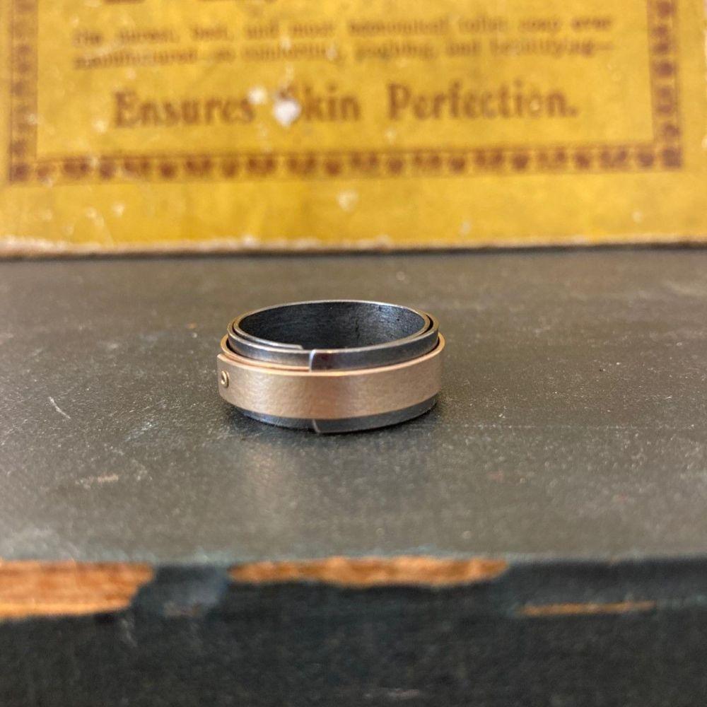 Black_Gold_Wrap_Ring1