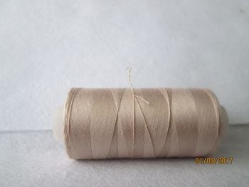 BEIGE  -  QUILTING 100% ELONGATED COTTON THREAD -