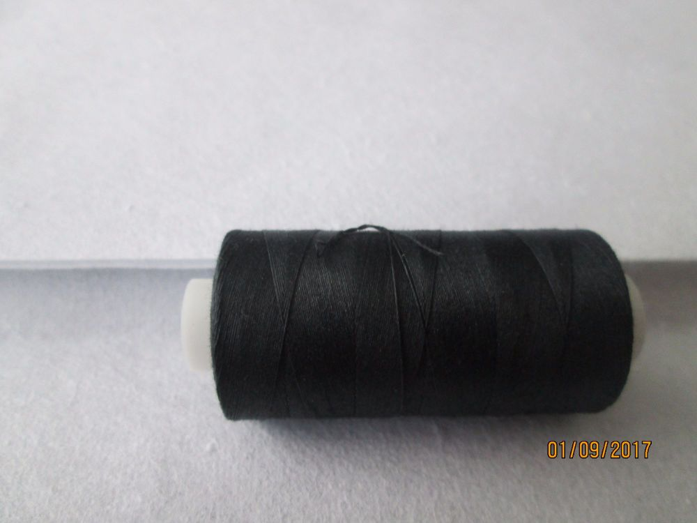BLACK  -  QUILTING 100% ELONGATED COTTON THREAD -