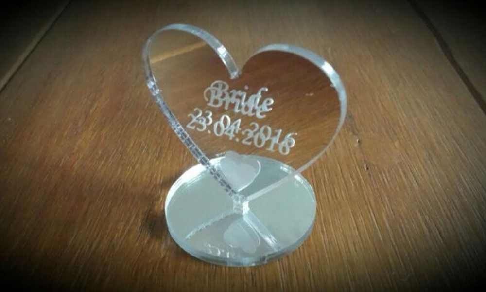 Silver Heart Table Name Plaque