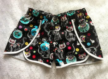 Skully cat shorts, girls shorts, alternative clothing, baby goth