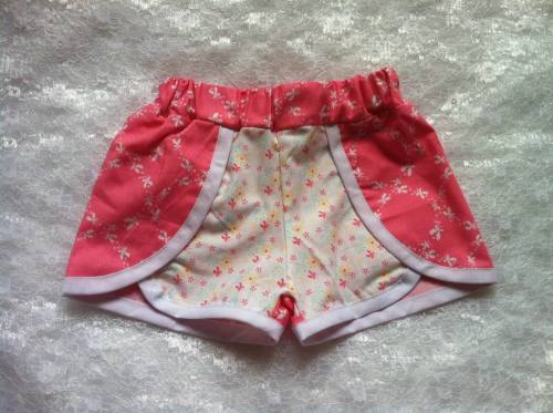 Butterfly shorts pink 18-24 months