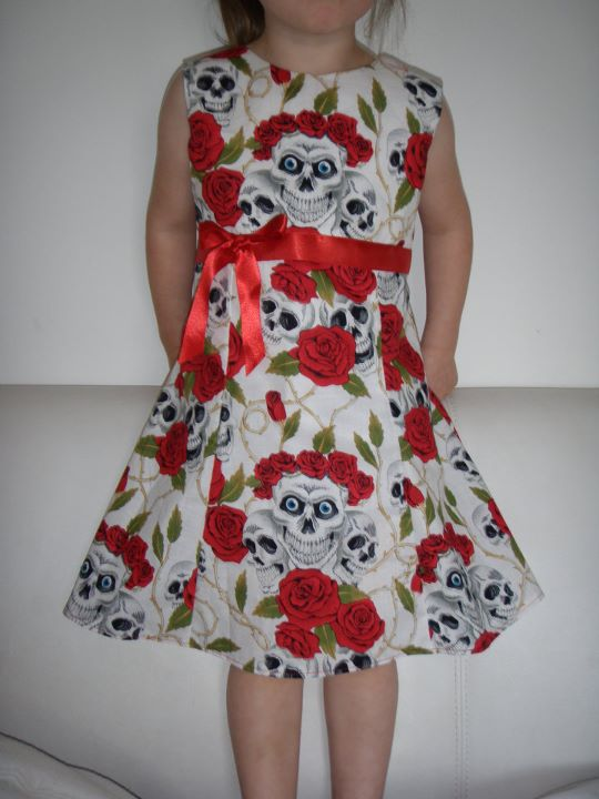 Skulls & Roses dress - Red/White
