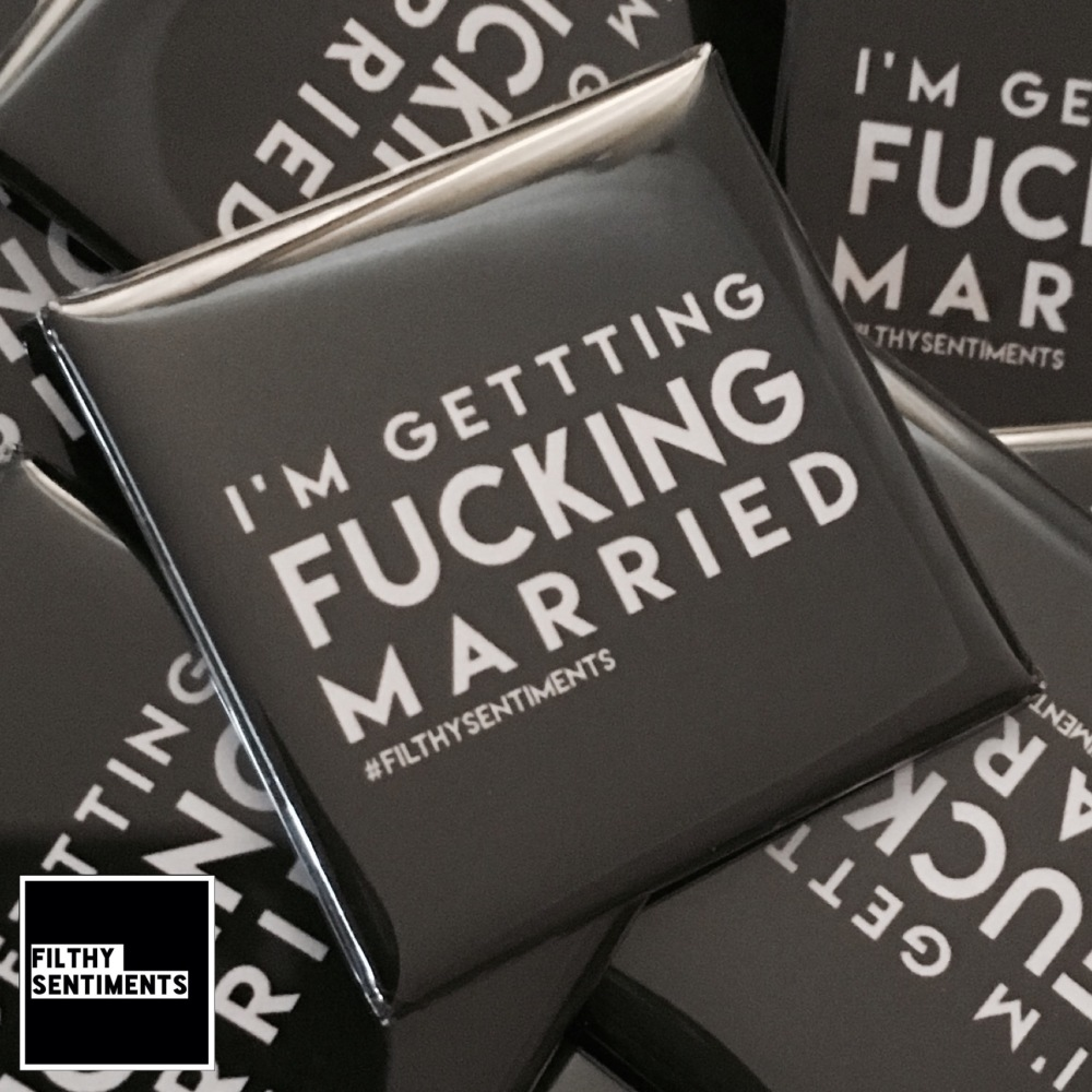 I'm getting married large square badge