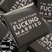 I'm getting married large square badge - A20