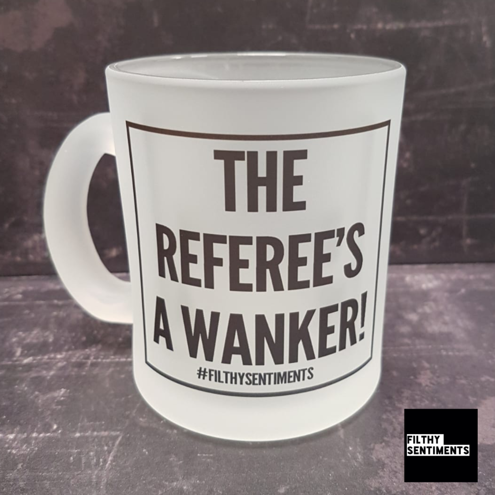*AMAZING ENGLAND REFEREE FOOTIE BEER GLASS*
