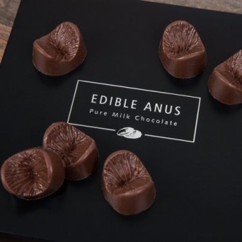 EDIBLE ANUS CHOCOLATES