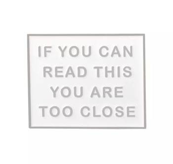 WHITE IF YOU CAN READ THIS ENAMEL PIN  BADGE - A41