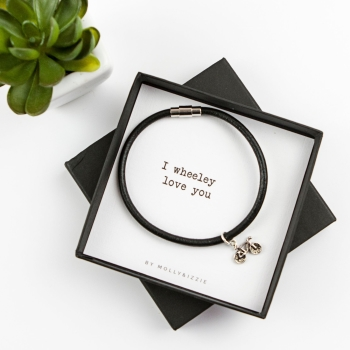 Wheeley Love You Bracelet In Gift Box