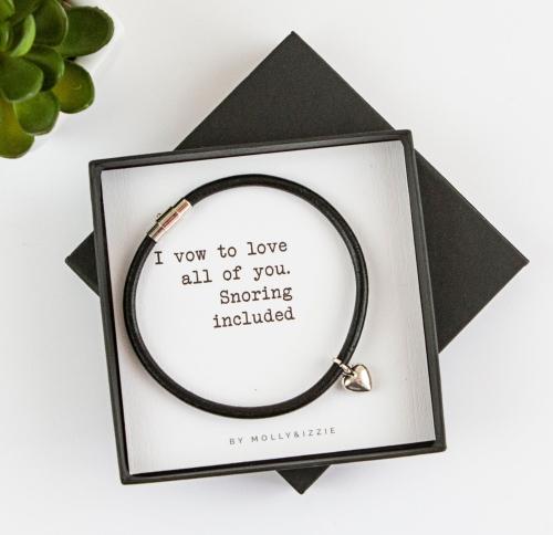 Snoring Included Bracelet In Gift Box