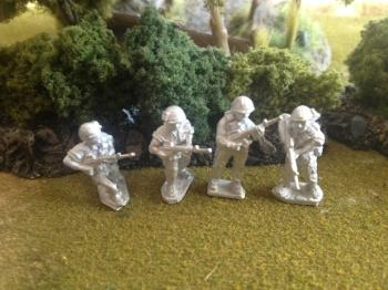 GR02 - US Army Infantry Patrolling