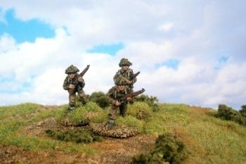 LWB02 - Riflemen Advancing