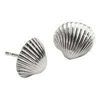 Medium Cockle Shell Studs