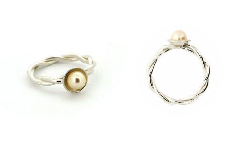 Round Rope Ring with Pearl
