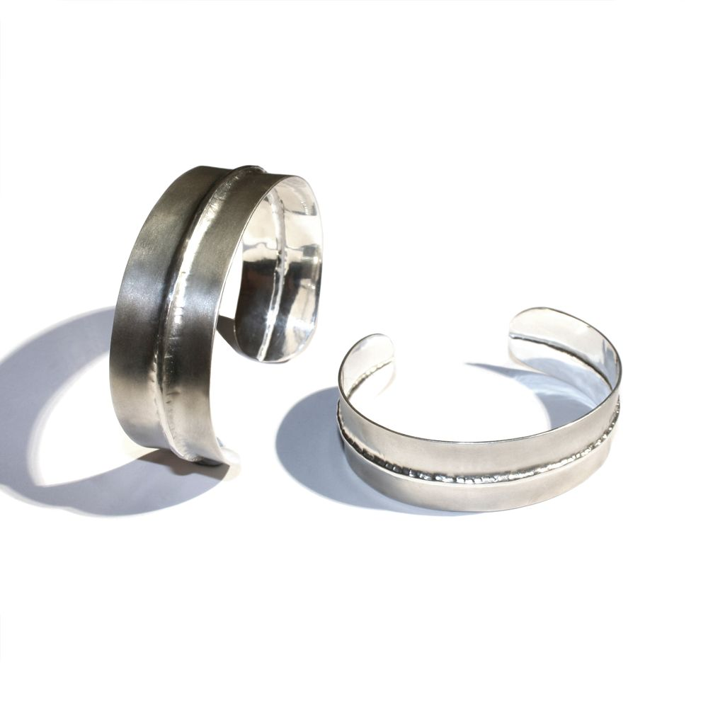 <!-- 005 -->Bracelets/Bangles