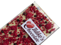 <!--024-->White Chocolate Slab with Raspberries, Dark Chocolate- Biscuit pearls