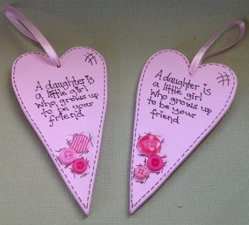 Heart shape daughter plaque