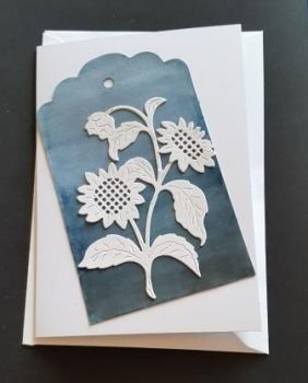 White flowers on a hand painted tag A6 white card
