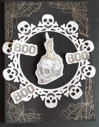 GC 2019 - Halloween - BOO, Boo skull and crossbones 7x5in black card - PB,