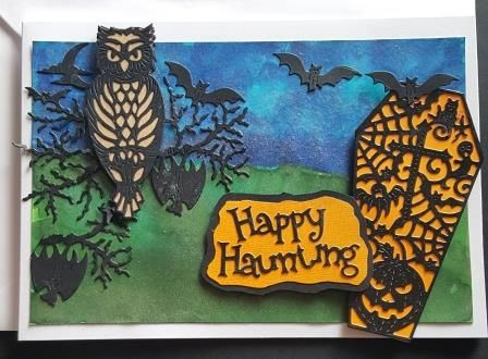GC 2019 - Halloween - Happy Haunting owl, bats and coffin on hand painted b