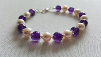 Sweet Violet Amethyst and Pearl Bracelet