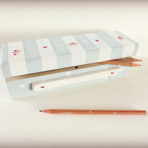 Striped pencil box