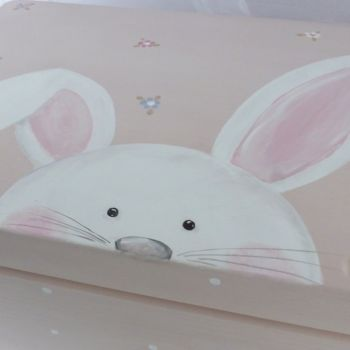 medium 'peeping bunny'  Keepsake box