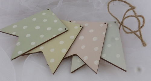 Individual Pennant for stringing (spotty)