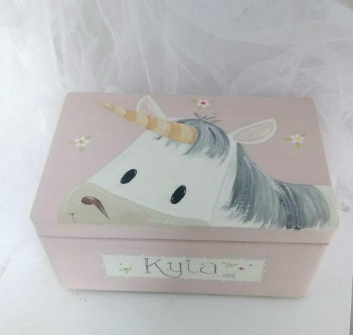 large 'peeping Unicorn' Keepsake box