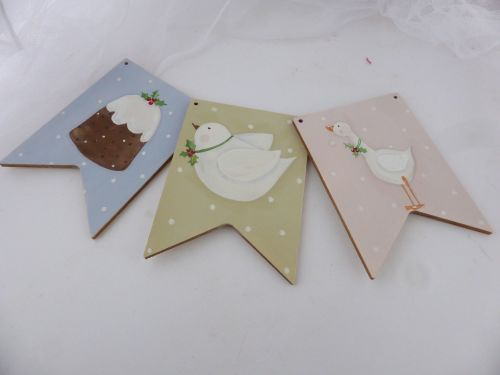 WOODEN BUNTING (Christmas)